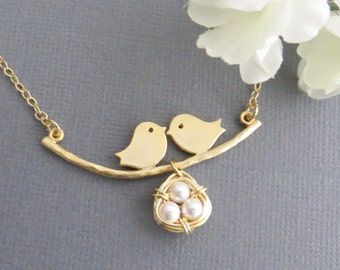 Mothers Day Gift, Mothers Necklace, Bird Necklace,Family Necklace, Nest Necklace, Mom and Baby Bird, Necklace for Mom, Gift for Wife
