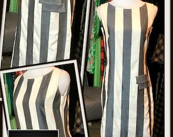 Vintage Gray White Bold Color Block Stripe Shift Sheath Dress 1970s FREE SHIPPING