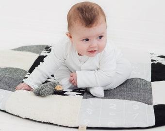 Monochrome Patchwork Sensory Play Mat, Baby Play Mat, Organic Play Mat, Gender Neutral, Nursery Rug, Sensory Toy, New Baby Gift, Baby Shower