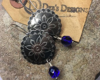 Earrings vintage metal decorative disk and iridescent blue Czech glass beads