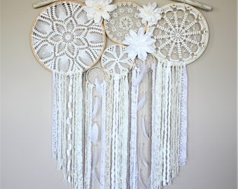 Large Dream Catcher Wall Hanging-Driftwood Dream Catcher-Doily Feather Dreamcatcher-Bedroom Decor-Wedding Decor-Photography Backdrop
