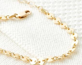 Bracelet chaîne en or, Dainty Bracelet - Bracelet de disque d'or, Simple, Layering Bracelet, bijoux Minimal d'empilage
