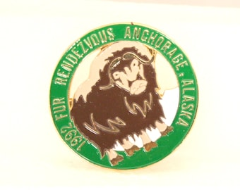Vintage 1992 Fur Rendezvous Pin Anchorage Alaska Souvenir Fur Rondy Large Brooch Pin