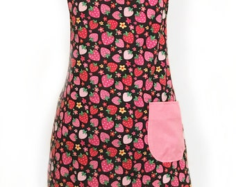 Full Figured Woman's Apron with Strawberry print, Woman's Chef Apron, One Size Fits All