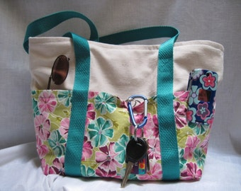 Flower 6 pocket purse