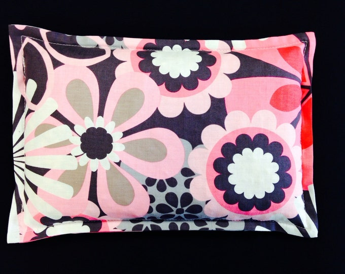 Corn Heating Pad, Microwaveable Corn Bag, Hot Cold Therapy Pack, Travel Therapy Pillow - Flower Shower