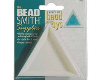 Beadsmith triangle trays, set of 3.