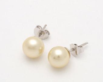 Pearl Earrings Majorcan White Pearl, stud earring in rhodium