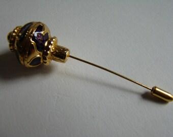 YSL Yves Saint Laurent Initials Opium pin