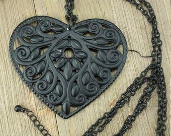 Vintage Black Heart Chain Necklace