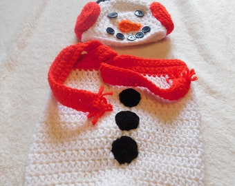 crochet Winter snowman bunting with hat, photo prop, baby bunting