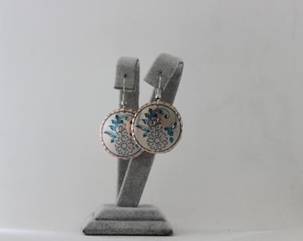 Round Dangle Earrings-Blue and Gray-Flower Pattern-Party Jewelry-Boho Earrings-Bohemian Findings-Turkish Earrings-Copper Disc Pressed