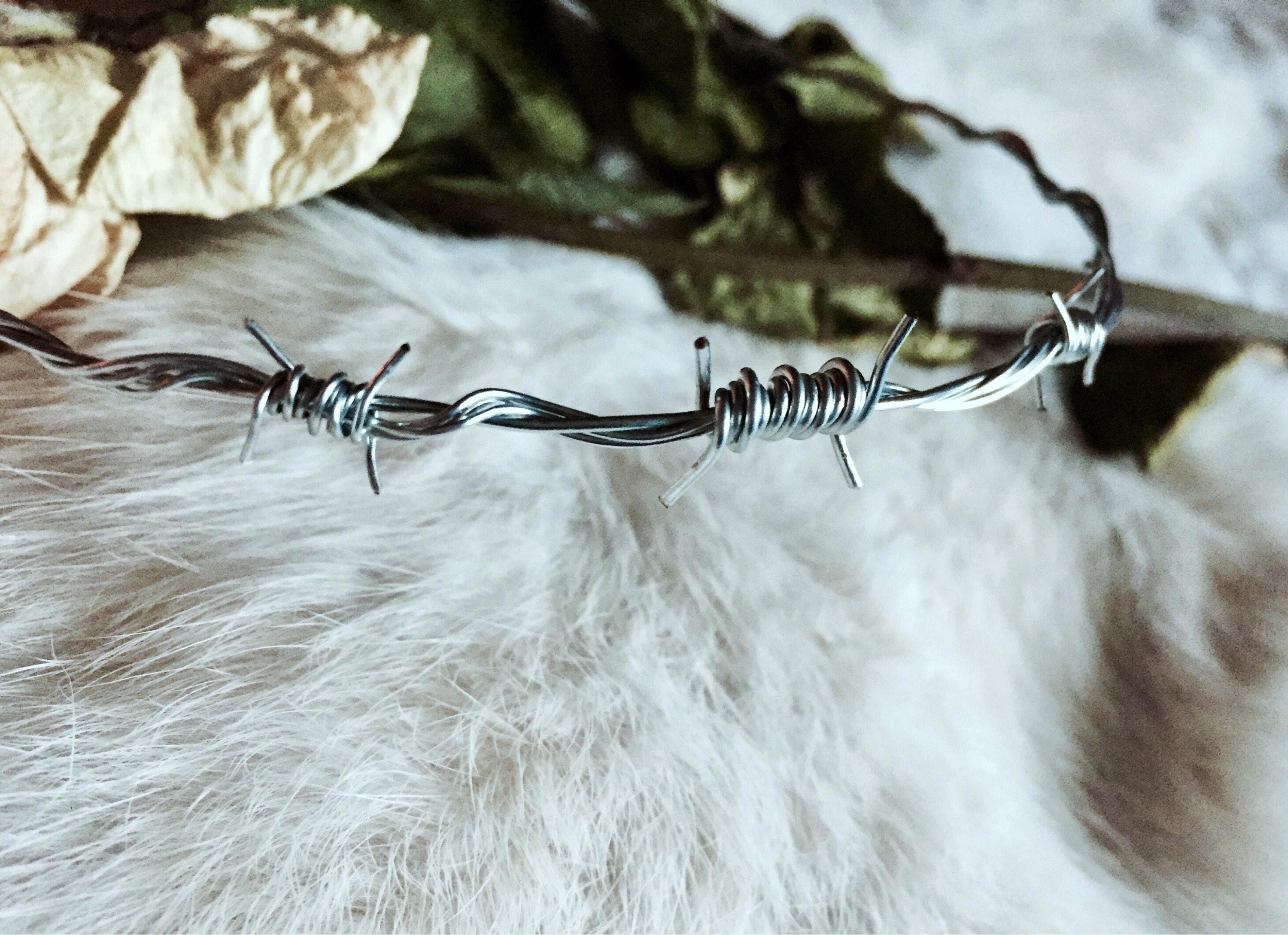 Barbed Wire Choker silver three barbs