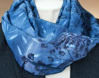 Infinity scarf. Blue infinity scarf. Floral infinity scarf. Scarf. Mothers day gift. Birthday gift.