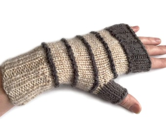 Knitted fingerless mittens/ stylish fingerless gloves/ wrist warmers/ beige wrist warmers