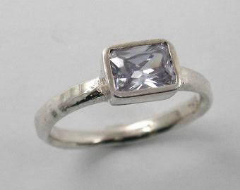 Purple quartz streling silver ring. lavender silver ring. lavender jewelry. peple ring.  gift for her, romantic anniversary gift