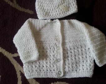 Crochted baby hat and cardigan set