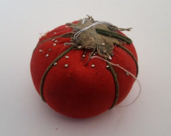 Nice Vintage Pin Cushion, Strawberry? Tomato?  I'm not sure, nice colors, vintage sewing item with Free Pins and needles!