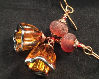 Orange bell flower earrings, orange earrings, bell flower earrings, orange flower earrings, lamp work earrings, mom gift, girlfriend gift