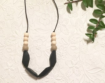 "Silicone Teething Necklace // ""The Drea"""