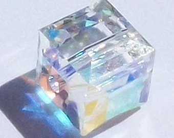 Swarovski Crystal Beads CUBE 5601 Swarovski elements beads CRYSTAL AB - Available in 4mm, 6mm and 8mm