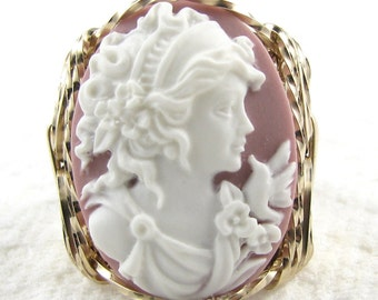 Grecian Goddess Dove Pink Cameo Ring 14K Rolled Gold