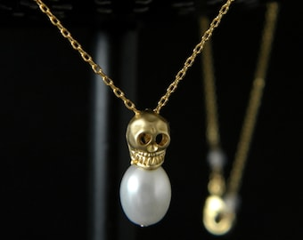 Gold Skull Necklace, Skull and Pearl Necklace, Minimalist Necklace, Day of the Dead, Dainty Necklace, Layering Necklace