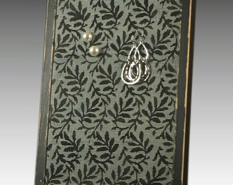 Stud Earring Holder for Pierced Earrings. Shabby Chic Wood Frame Jewelry Organizer on Hand Painted Screen. Leaves Design. Great Gift Idea!