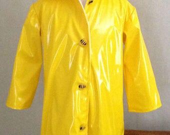 Childs Raincoat Waterproof Summer Girls Size 5-6.