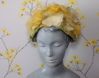 Vintage 60s Floral Hat Vintage Millinery Petal Hat Sunny Yellow and White Heart Petals Floral Hat