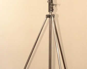 Big spot on vintage Manfrotto tripod