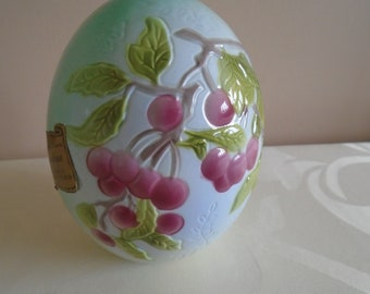 barbotine porcelain egg cherry design