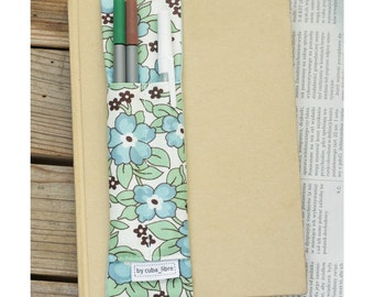 Notebook pen holder - Flowers blue