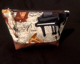 Utensilienktasche * Music * gr. m Cosmetic Art Leather