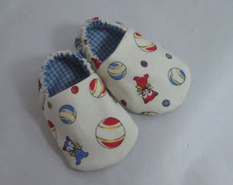 Baby Booties -  Kitty Cats & Bouncing Balls Lined with Blue Gingham - Boys' Booties / Slippers / Footies / Moccasins - Baby Gifts
