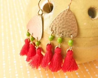 Red Green Hammered Gold Brass Dangle Tassel Earrings Fringe Boho Gypsy Tribal Ethnic Gypset Beaded Abocado Green Casual
