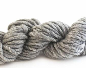 Super Chunky Merino Yarn - GREY - (choose from either a 25 gram, 50 gram or 200 gram skein)