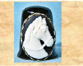 BT729  Beautiful White Stallion Cameo on Black Thimble