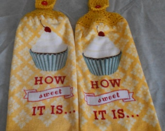 Yellow Cupcake Theme Crocheted Top Dish Towel Granny Kitchen Towel Hand Towel Set