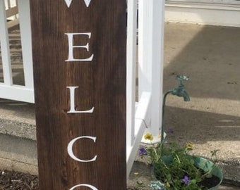 1'x5' Welcome porch sign w/ burlap & twine