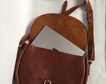 Large saddle bag, leather satchel, large leather purse, shoulder bag, gift for her, brown handbag, leather ipad case, leather tote, purse