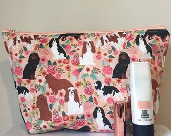Cavalier king charles spaniel dog makeup/toilet bag