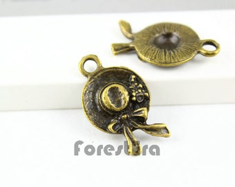 10Pcs Antique Brass hat Charm hat Pendant 22x15mm (PND036)
