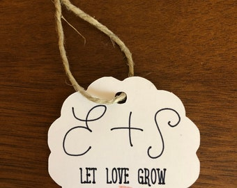 Let Love Grow Scalloped Gift Tag