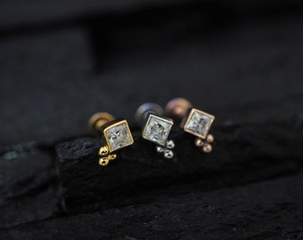 Square CZ diamond with trinity balls crew flat back cartilage stud,helix earring,lip ring,medusa piercing,conch earring