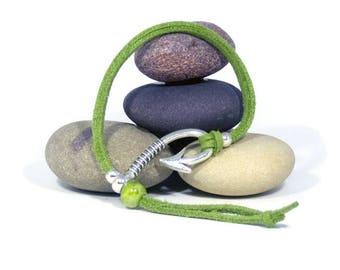 Women green suede bracelet, Hook clasp bracelet, Beach style bracelet, Ceramic bead suede bracelet, Summer bracelet gift, Fisherman bracelet