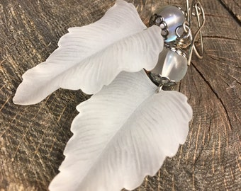 Earrings vintage lucite matte clear leaves with clear iridescent glass beads