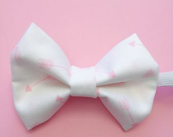 Cupid's Arrow // Dog Bow Tie // Cat Bow Tie // Love Bow // Pink Arrows Bowtie // Valentine's Day Bow // ON SALE
