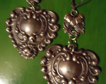 RESERVED Angie Vintage Boho Large Silver Tone Ornate Heart Shaped Drop Pendant Earrings Cowgirl