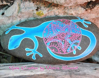 Hand painted pebble - Salamander or Lizard